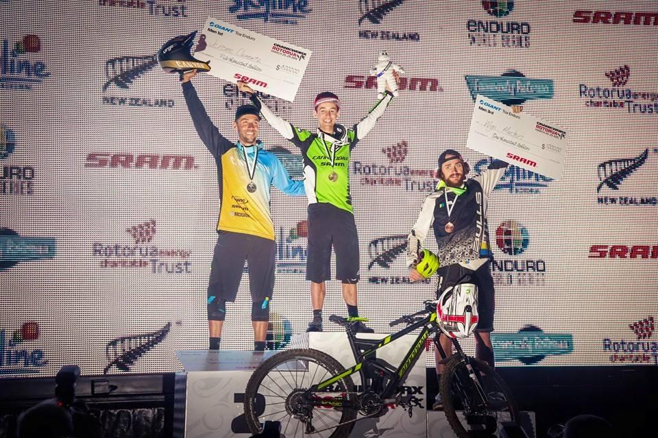 podio enduro world series rotoura