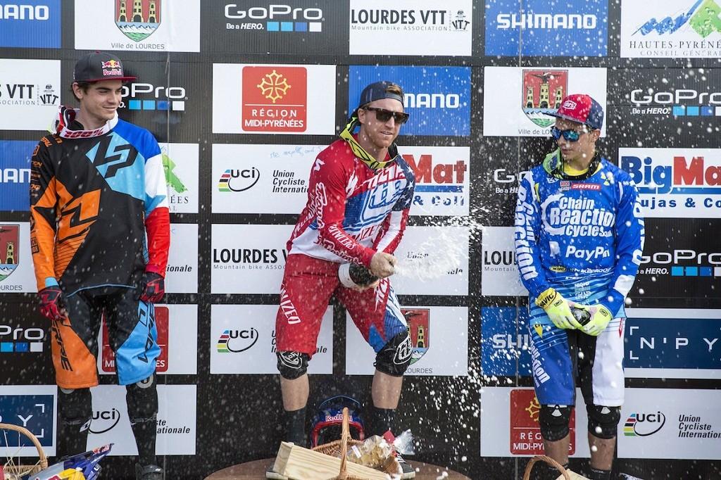 podium dh lourdes 2015