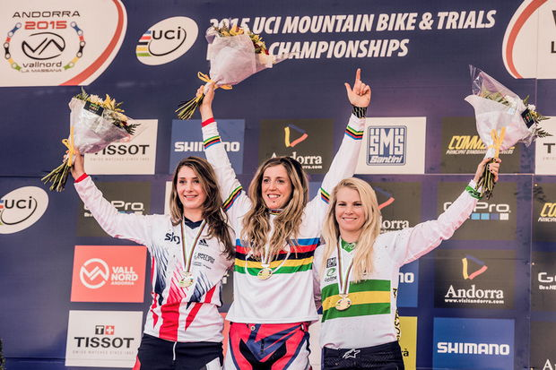 rachel atherton world champ dh vallnord 2015