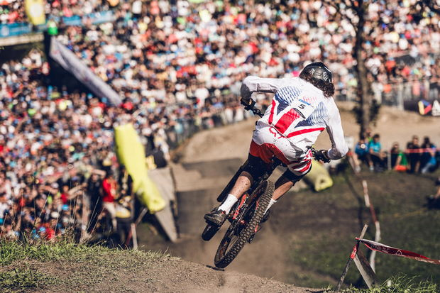 bryceland world champ dh vallnord 2015