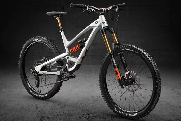 YT CAPRA 27 AL Limited Edition
