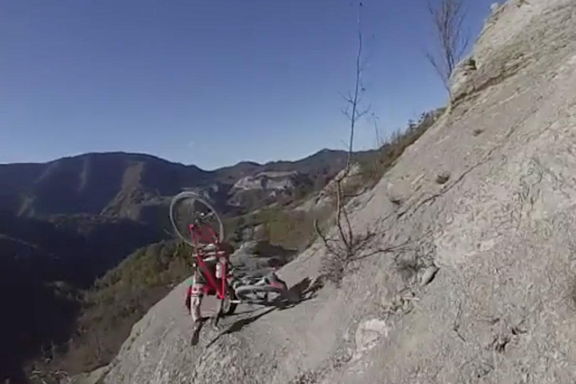 bici cae al vacio