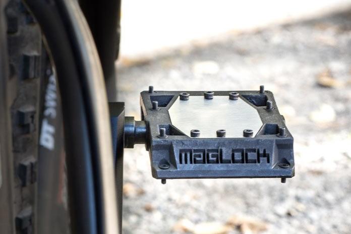 Maglock vault pedales magnéticos